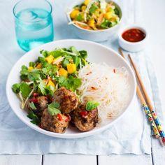 Pork bun cha with mango salad and vermicelli - Nadia Lim Summer Recipes, New Recipes, Dinner Recipes, Healthy Recipes, Healthy Food, Diabetic Recipes, Pork Recipes, Recipies, Favorite Recipes