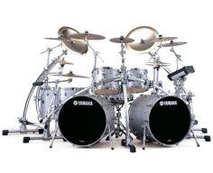 Yamaha_absolute_maple_lug_Drum_Sets.jpg (700×570)