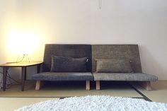 ソファライフフォト   NO.1813 三重県 K様邸  ソファ専門店FLANNEL SOFA Love Seat, Minimalism, Couch, Furniture, Home Decor, Settee, Sofa, Small Sofa, Couches