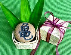 """Aloha Kanji Rock with Hawaiian Lauhala gift box, Japanese Incense burner, Turtle, Ocean, Whale, Moon, Holiday Good-luck gift, 2""""D x 1 1/2""""H by AumakuaPottery on Etsy"""