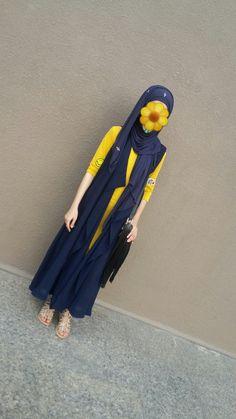 Cute Girl Poses, Girl Photo Poses, Girl Photos, Cute Girls, Girls Dp Stylish, Stylish Girl Images, Hijabi Girl, Girl Hijab, Cute Girl Face