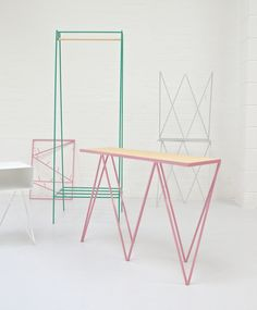 Image of Giraffe console table in pink / plywood top