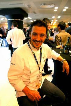 Chef Francis Paniego, Restaurante El Portal del Echaurren, Ezcaray, La Rioja, at Madrid Fusión 2014.  Photo by Gerry Dawes©2014 / gerrydawes@aol.com / Facebook / Twitter / Pinterest.  Canon 5D Mark III / Tokina 17-35mm f/4.