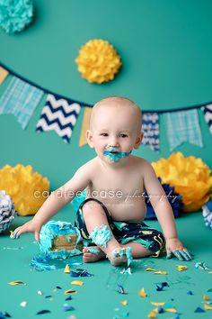 Birthday photo idea for your little one! I love the use of textures and color in the background! Courtesy of Blog « Caralee Case Photography. #togally #baby #birthday