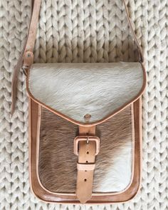 We are in LOVE with our Brown Leather Shoulder and Crossbody Bag! Perfect day time and outing bag! @PeachandAlice