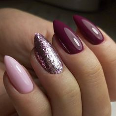 The advantage of the gel is that it allows you to enjoy your French manicure for a long time. There are four different ways to make a French manicure on gel nails. Autumn Nails, Winter Nails, Summer Nails, Acrylic Nail Designs, Nail Art Designs, Sparkly Nail Designs, Acrylic Nails, Cute Nails, Pretty Nails