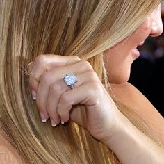 Our Favorite Celebrity Engagement Rings | Wedding Dresses & Style | Brides.com | Wedding Ideas | Brides.com..... Kate Hudson's ring is perfect