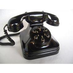 Teléfono español antiguo, años 50