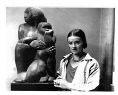 """Barbara Hepworth. """"Para mí, la escultura es primitiva, religiosa, ..."""