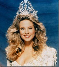 ~ Miss Universe (1989).. Angela Visser ../ From Holland