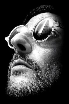 "Jean Reno What an artist - Have sou seen ""The Profi""? Aller voir : surunfil.portfoliobox.fr"