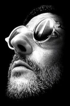 "Jean Reno What an artist - Have sou seen ""The Profi""? Aller voir : surunfil.portfoliobox.fr"