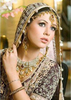 Dulhan beautiful pakistani Bride