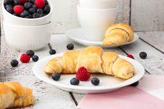 *Dieser Beitrag enthält eine Anzeige für Zentis. Mehr dazu… Am Wochenende ausgiebig und lange zu frühstücken ist für mich ein Muss und mit meinen gefüllten Frühstückshörnchen aus Joghurt-Hefe-Teig lässt sich…