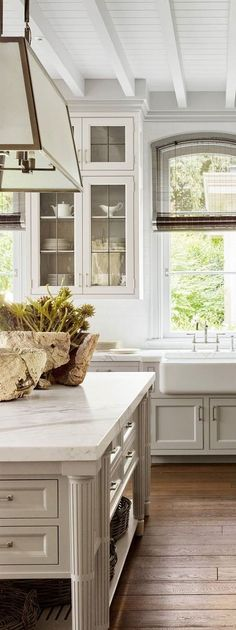 HOW GORGEOUS IS THIS FABULOUS KITCHEN!! - LOVE THE LIGHT FITTINGS AND BEAUTIFUL COUNTER TOPS!!