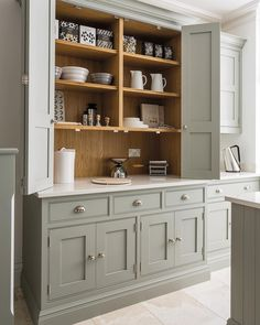 Small kitchen Cabinets - Stunning Diy Kitchen Storage Solutions For Small Space And Space Saving Ideas No New Kitchen, Kitchen Decor, Kitchen Ideas, Awesome Kitchen, Hidden Kitchen, Pantry Ideas, Kitchen Small, Kitchen Furniture, Garden Furniture