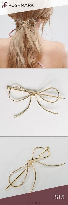 Metal Bow Hair Clip - Gold Super cute metal bow hair accessory. I just don't wear my hair up enough to use it 😞 ASOS Accessories Hair Accessories