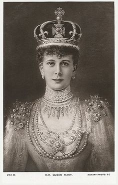Queen Mary purchased the brooch from the Dowager Empress Marie's estate in 1929, and Queen Elizabeth inherited the jewel in 1953. Description from geniusart.ru. I searched for this on bing.com/images