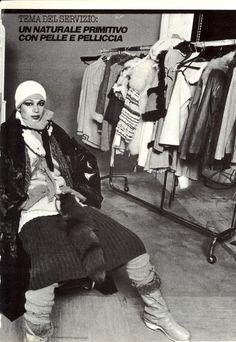 Vogue Italia November 1976 Un Naturale Primitivo Con Pelle e Pelliccia Photo David Bailey Models Vibeke Knudsen & Unknowns Hair Aldo Coppola