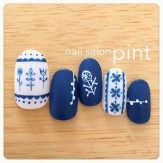 かわいいネイルを見つけたよ♪ #nailbook Glitter Manicure, Pedicure Nail Art, Diy Nails, Music Nails, Cherry Blossom Nails, Geometric Nail, Minimalist Nails, Nail Shop, Glue On Nails