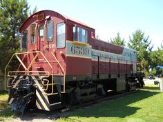 CPR 6539 MLW RS-3;  ex-Kimberly-Clark at Schreiber, Ontario, July, 2011. Discover Canada, Ontario, Trains, History, Historia, Train