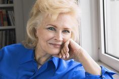 Candice Bergen dishes on new memoir, 'A Fine Romance,' marriage to Louis Malle and making 'Murphy Brown. Candice Bergen, Move Over, How Did It Go, A Fine Romance, Murphy Brown, Carol Burnett, Female Actresses, Aging Gracefully, Celebs