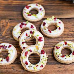 Julkransar - småkakor med pepparkakssmak