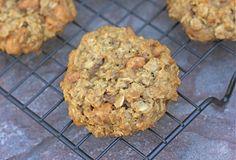 MAKE THESE. Pumpkin Oatmeal Scotchies | Two Peas & Their Pod