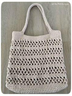 Filet Crochet 92971 Nice bag from a tutorial from kerouezee Free Crochet Bag, Crochet Market Bag, Crochet Purses, Love Crochet, Filet Crochet, Crochet Motif, Crochet Doilies, Crochet Stitches, Knit Crochet