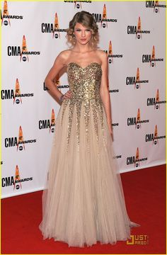 taylor swift cmas - Google Search