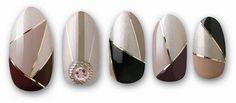 Dashing Diva Get The Full Cover Sizes / 56 AccentsAll in One nail design kit. Trendy Nail Art, New Nail Art, Elegant Nails, Stylish Nails, Belle Nails, Feather Nails, Korean Nail Art, Pot A Crayon, Geometric Nail Art