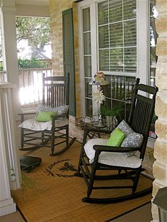 I sooo love porches and rocking chairs. My dream home would have a wrap around porch on a lot of acreage. I sooo love porches and rocking chairs. My dream home would have a wrap around porch on a lot of acreage. Small Porches, Decks And Porches, Front Porches, Small Sunroom, Country Porches, Southern Porches, Rocking Chair Porch, Sunroom Decorating, Summer Porch
