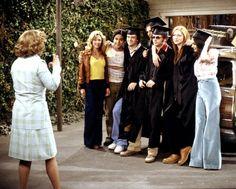 show Debra Jo Rupp, Lisa Robin Kelly, Wilmer V - That 70s Show, 70 Show, Gilmore Girls, Movies Showing, Movies And Tv Shows, Lisa Robin Kelly, Eric Forman, Laura Prepon, Ashton Kutcher