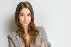 Welche Frisur passt am besten zu Bewerbungsfoto und Vorstellungsgespräch? Die Frage ist nicht die zentralste. Studien zeigen aber: Die Frisur hat Einfluss... http://karrierebibel.de/vorstellungsgespraech-frisur/