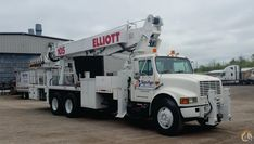 1999 Elliott Hi-Reach Mounted on an International 4300 - Inquire for Price Cranes For Sale, Lighting System, Signage, Billboard
