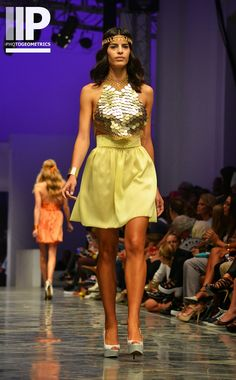 Disco Gloss: Anillarte for Valencia Fashion Week XVII | Photogeometrics Photography http://photogeometrics.blogspot.com.es/2014/10/disco-gloss-anillarte-for-valencia.htm