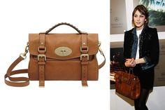 ALEXA (MULBERRY) - A apresentadora Alexa Chung se tornou, em 2010, a fashionista mais copiada pelas mulheres. Vendo a fonte de sucesso, a grife Mulberry criou uma bolsa para a britânica chamar de sua. A partir de então, a it-girl foi vista carregando o modelo em várias cores e tamanhos