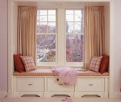 reading nook in kids room using window seat