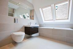 Badezimmer Helle Fliesen #1