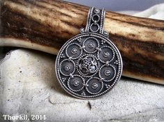 Round Viking pendant from Sweden for Viking necklace, Viking jewelry, Viking woman, shieldmaiden