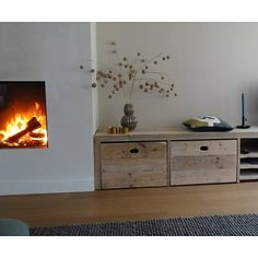 Possible fireplace & built in cabinet placement side by side Living Room Inspiration, Interior Inspiration, Wood Design, Home Living Room, Diy Furniture, Family Room, Sweet Home, House Design, Interior Design