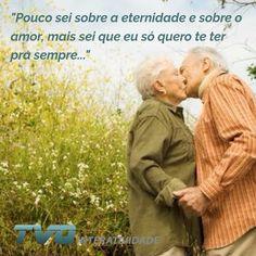 """""""Pouco sei sobre a eternidade e sobre o amor, mais sei que eu só quero te ter pra sempre...""""  Viva o amor! #meameoumedeixe #amor #paixão #relacionamento #diadobeijo"""