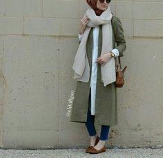 Street Hijab Fashion : Photo
