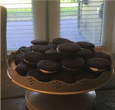 Keto Oreo cookies complete with icing 1 net carb in each cookie 5 fat 1 protein 60 calories. #keto #recipes #oreo #cookies