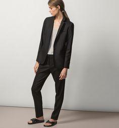 Базовые черные и белые вещи, которые должны быть в твоем гардеробе  Massimo Dutti