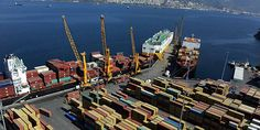 Turkish exports at record $152 bln as deficit narrows in 2012