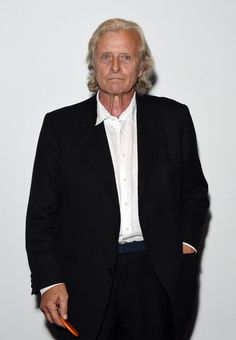 "Rutger Hauer Photos Photos - Rutger Hauer attends a photocall for ""The Last Kingdom"" at Charlotte Street Hotel on September 2015 in London, England. - Stars Attend 'The Last Kingdom' Photocall Dutch Actors, Bernard Cornwell, Rutger Hauer, The Last Kingdom, Young Old, September 8, Music Film, Blade Runner, Great Movies"
