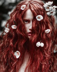 """""""You've got to wear some flowers in your hair"""" . Beautiful redhead beauty by Светлана Беляева on Fotografia Retro, Arte Lowrider, Photo Portrait, Ginger Girls, Glamour, Beautiful Redhead, Beautiful Freckles, Russian Fashion, Ginger Hair"""
