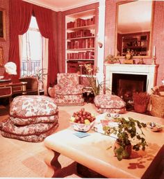 jackie onassis' new york apartment den