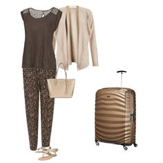 Holiday Capsule Wardrobe - What to Wear for Travel